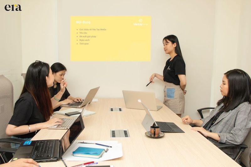 Đội ngũ ERA luôn nỗ lực mang đến những nội dung hiệu quả cho hoạt động marketing của doanh nghiệp